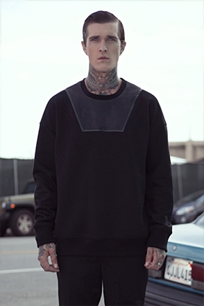 IRONY PORN(O) Riley Black Coloration T-shirt