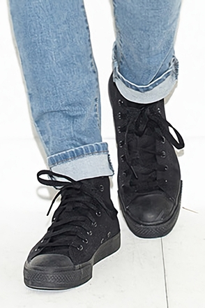 ALL BLACK SIMPLE HIGH TOP SNEAKERS올 블랙 하이탑 스니커즈[one color / 7size]